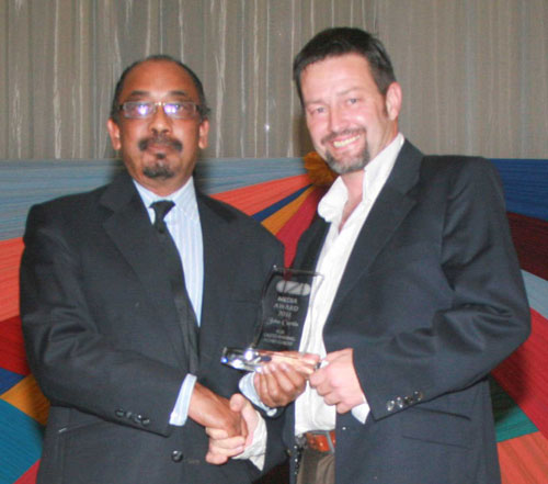 Africartoons receives The Edge Media Award for service to SA Cartooning from The Center For Fine Art Animation And Design ( CFAD) Creative Director Nanda Soobben